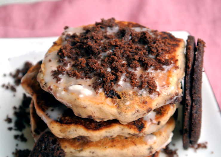 Cookies 'n Cream Pancakes